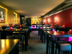 Gecko-Bar // Cocktails, Pool & Lounge für bis zu 300 Personen